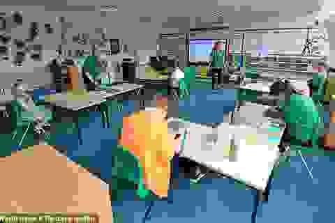 Học sinh Anh đối mặt với nhiều thay đổi khi đi học lại thời hậu Covid-19