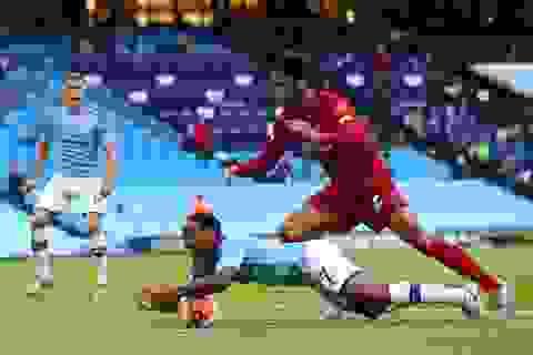 """Những """"tội đồ"""" khiến Liverpool thua đau trước Man City"""