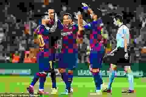 Trong cơn hỗn loạn, Barcelona có thể vượt ải Villarreal?