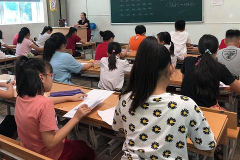 """Hà Nội: Gần 3.000 thí sinh giành suất vào trường """"hot"""" Lương Thế Vinh"""