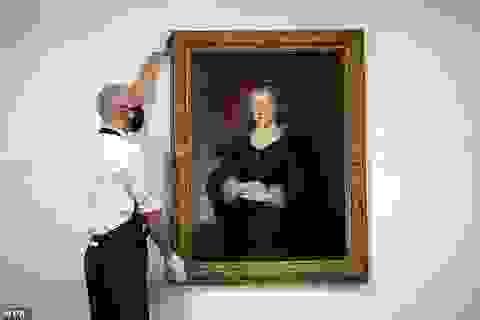 """Bức họa """"Chân dung một quý bà"""" bất ngờ tăng giá trị 45 lần?"""