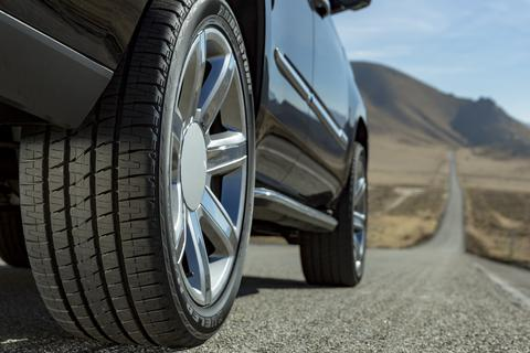 """Tương lai lốp ô tô có thể tự """"kêu cứu"""""""
