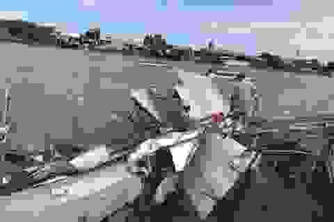 Sạt lở bờ sông, ít nhất 14 căn nhà hư hỏng nặng