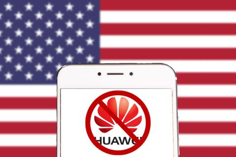 """Huawei đang phải đối mặt với làn sóng """"tẩy chay"""" mới"""