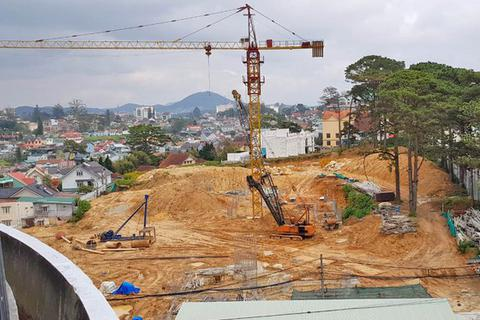 """Đất công cộng ở Đà Lạt được """"hô biến"""" thành dự án khách sạn 5 sao"""