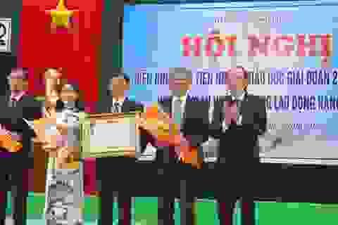 Phú Yên: Vinh danh các điển hình tiên tiến ngành Giáo dục