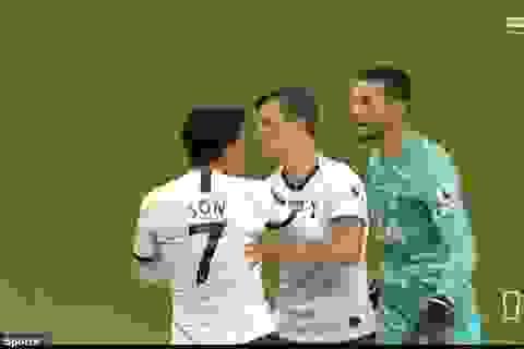 """Son Heung Min suýt """"tẩn"""" nhau với thủ môn Hugo Lloris"""