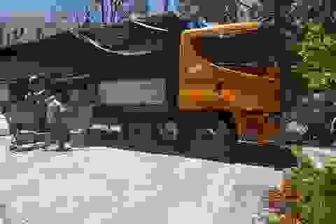 Phát hiện xe tải chở gần 900kg pháo