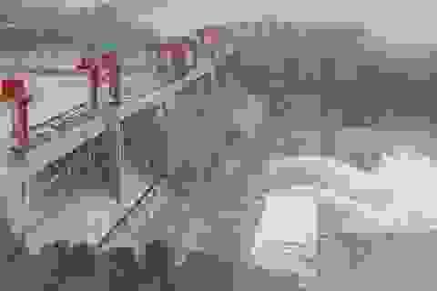 Đê sông Trường Giang vỡ, 9.000 người Trung Quốc buộc phải di tản