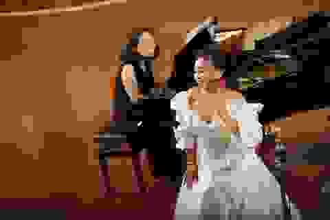 """""""Công chúa Opera"""" Nguyễn Đoàn Thảo Ly xuất sắc nhận điểm 10 tốt nghiệp"""