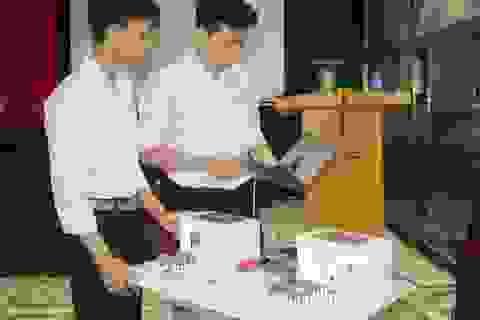 Học sinh Ninh Bình sáng chế Hệ thống quản lý giờ học thông minh