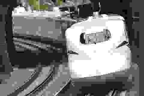 """Nhật Bản khai trương tàu cao tốc có tính năng """"né"""" động đất"""