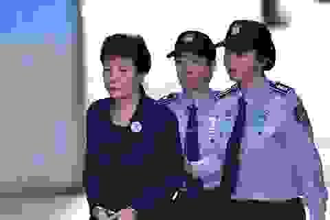 Cựu Tổng thống Hàn Quốc lĩnh án 20 năm tù