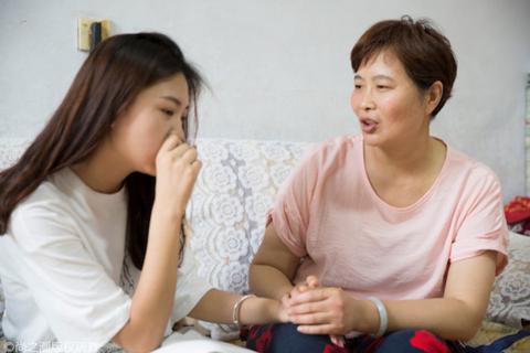 Choáng váng với hành xử của mẹ chồng khi con trai ngoại tình