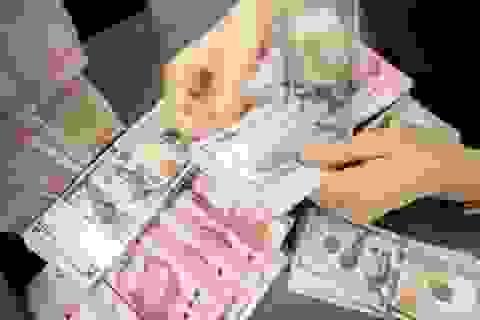 Đồng Nhân dân tệ không thể cạnh tranh với đồng USD