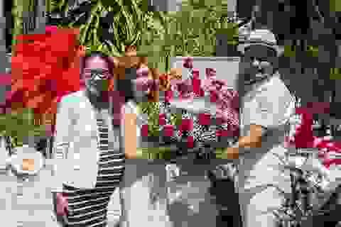 Đức Tiến cùng hội bạn thân bất ngờ tổ chức sinh nhật cho Nguyễn Hồng Nhung