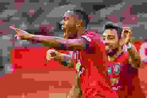 Hòa cay đắng trước Southampton, Man Utd vẫn có kỷ lục