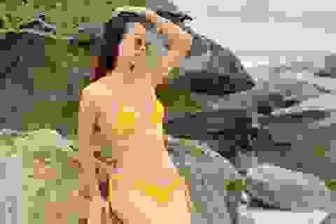Hoa hậu Lương Thùy Linhtung ảnh bikini nóng bỏng chào hè
