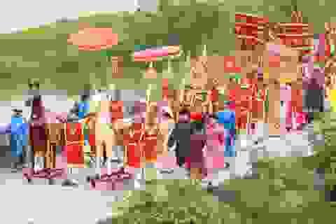 Độc đáo lễ hội cầu ngư làng Hưng Long