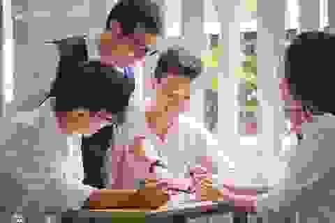 """Không đủ điểm vào cấp 3 công lập: Tương lai đã """"đóng cửa"""" với học sinh?"""