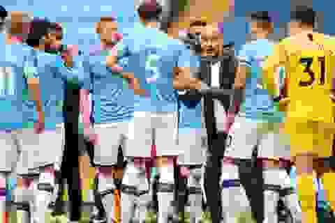 Man City bị chỉ trích vì thoát án phạt, HLV Guardiola phản ứng
