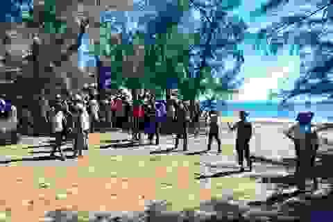 Học sinh lớp 8 tử vong khi tắm biển sau lễ bế giảng