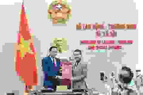 Bộ trưởng Đào Ngọc Dung mong Báo Dân trí hay hơn, nhiều độc giả hơn