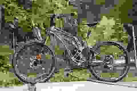 Độc đáo xe đạp làm từ nhôm nguyên khối