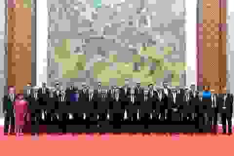 Trung Quốc bị thế giới tẩy chay, ông Tập cố trấn an các CEO nước ngoài