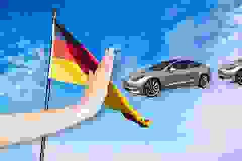 """Quảng cáo xe """"hoàn toàn có khả năng tự lái"""", Tesla bị """"tuýt còi"""" tại Đức"""