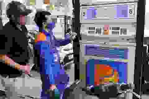 Thay đổi cách tính giá xăng dầu, một mặt bằng giá mới cho toàn dân