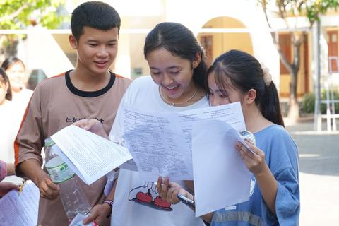 Nghệ An: Đề thi Tiếng Anh  vào lớp 10 khó đạt điểm tuyệt đối
