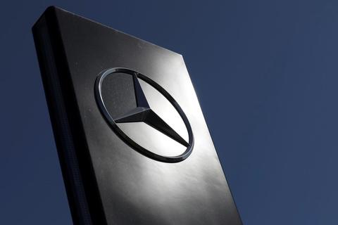 Mercedes-Benz dừng sản xuất xe con tại Mỹ
