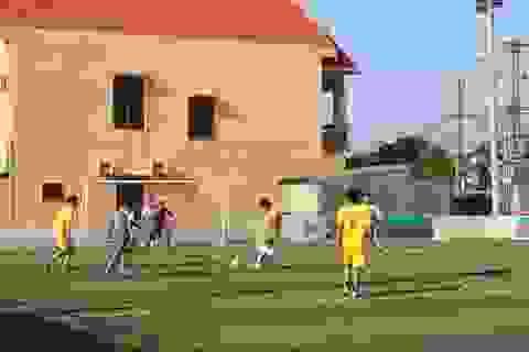 Hơn 200 phóng viên tranh tài tại giải bóng đá báo chí miền Trung