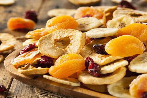 Ăn trái cây khô, trái cây qua chế biến có tốt bằng trái cây tươi?