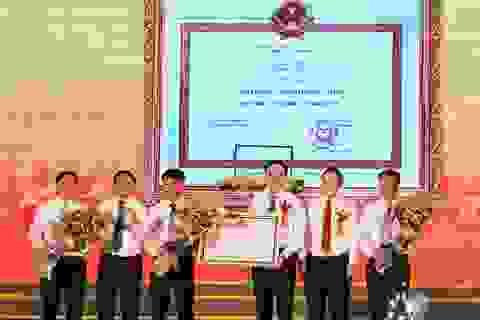 Huyện Đức Thọ đón Bằng công nhận đạt chuẩn Nông thôn mới