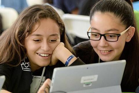 FTI miễn phí Microsoft office 365 đào tạo trực tuyến tại các trường học
