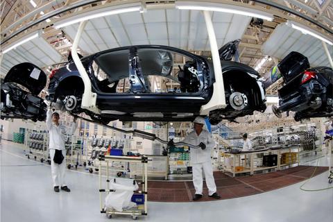 """Đại dịch """"nhào nặn"""" lại ngành công nghiệp ô tô của Thái Lan"""