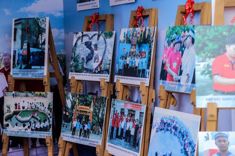 Hàng trăm bức ảnh triển lãm về biển, đảo Việt Nam tại TP Thanh Hoá