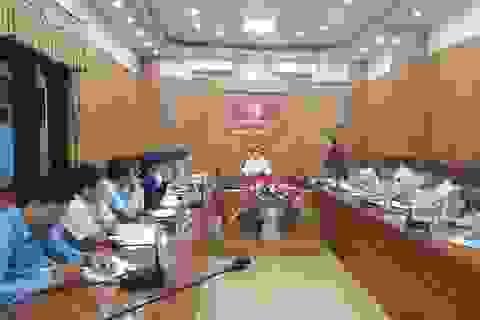 Quảng Trị: Xem xét tuyển dụng giáo viên đã hoàn thành dạy học tại Lào