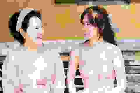 Hari Won tiết lộ hiếm hoi về mẹ đẻ