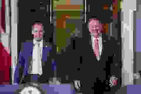 Đến thăm Anh, Ngoại trưởng Mỹ chỉ trích Trung Quốc