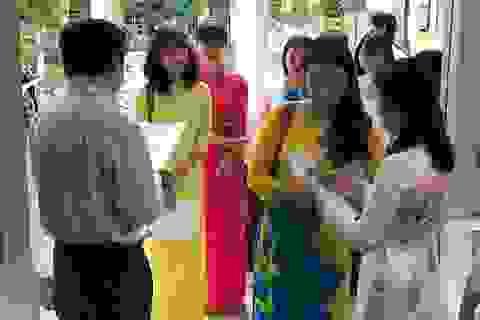 TPHCM: Cả quận, chỉ tuyển được một giáo viên tiếng Anh, rồi cũng... bỏ!