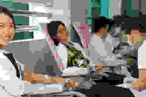 Gần 180 y bác sĩ tình nguyện hiến máu cứu bệnh nhân