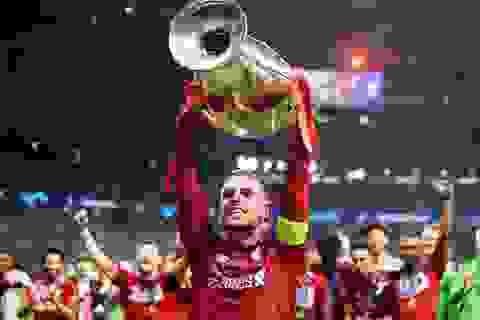 Đội trưởng Liverpool là Cầu thủ hay nhất Premier League 2019/20