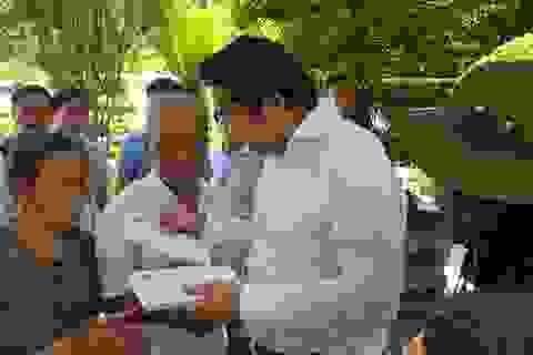 Tri ân gia đình thân nhân 10 nữ liệt sĩ Ngã ba Đồng Lộc