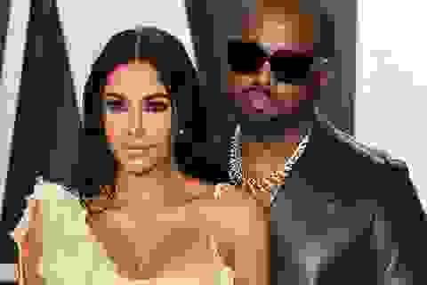 """Kanye West và những ngôi sao từng phải lên tiếng xin lỗi """"nửa kia"""""""