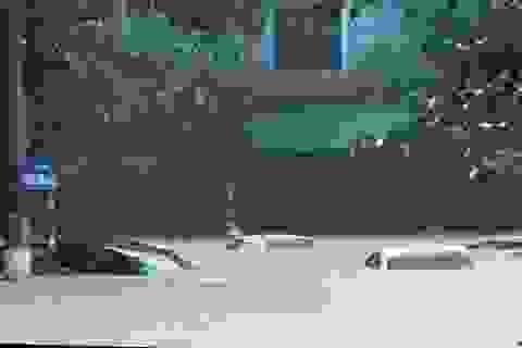 Sau đêm mưa lũ, ô tô bị ngập nước có được nhận bảo hiểm?