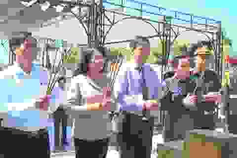 Quảng Trị: Phó Chủ tịch nước tri ân liệt sĩ, tặng quà gia đình chính sách