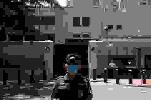 """Trung Quốc tiếp quản lãnh sự quán Mỹ ở Thành Đô, Mỹ nói lời """"tạm biệt"""""""
